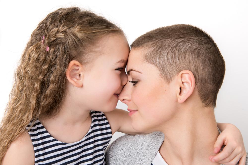 mãe e filha juntas, hereditariedade do câncer